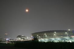 北側園地から見たスタジアム