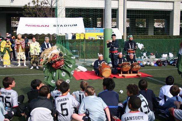 川島囃子保存会の獅子舞